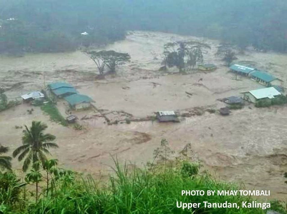 Typhoon Rosita hits Northern Philippines one month after Ompong's devastation